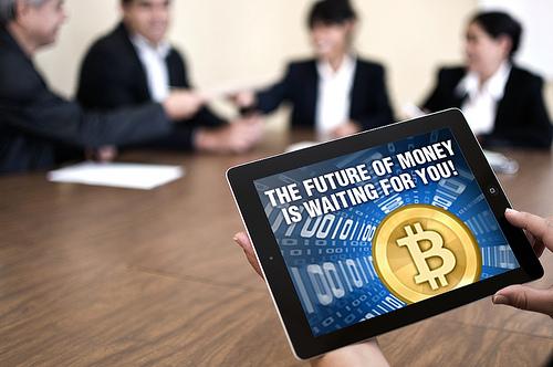 9481669689_0c9118019c_bitcoin